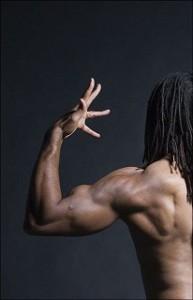 męska budowa ciała