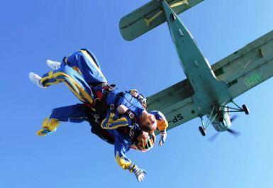 skoki spadochronowe w tandemie