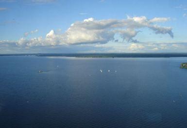 Ruovesi duże jezioro w Finlandii