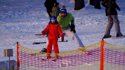 instruktor jazdy na nartach dla dzieci